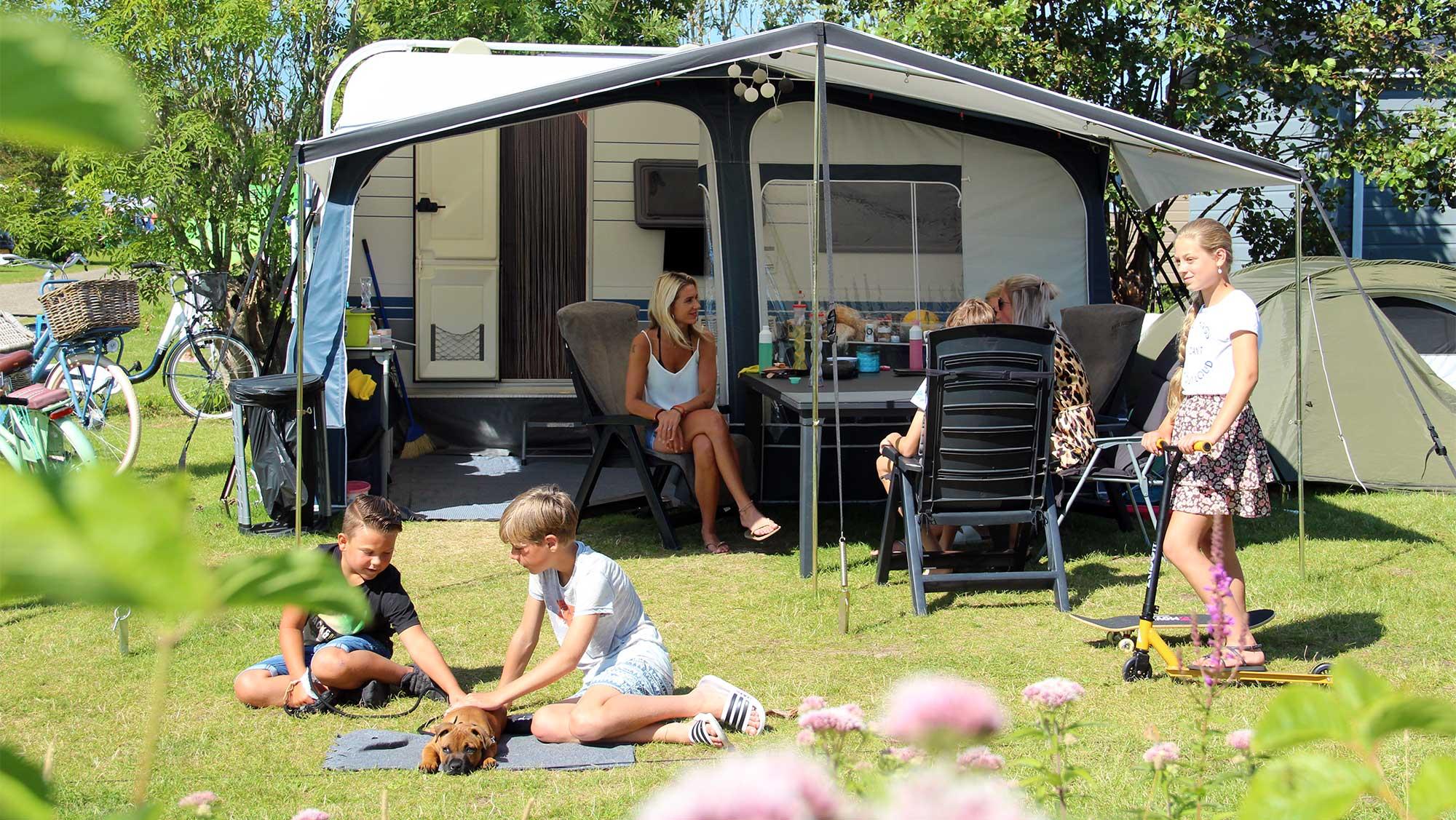 Comfortplaats kamperen Molecaten Park Rondeweibos 01
