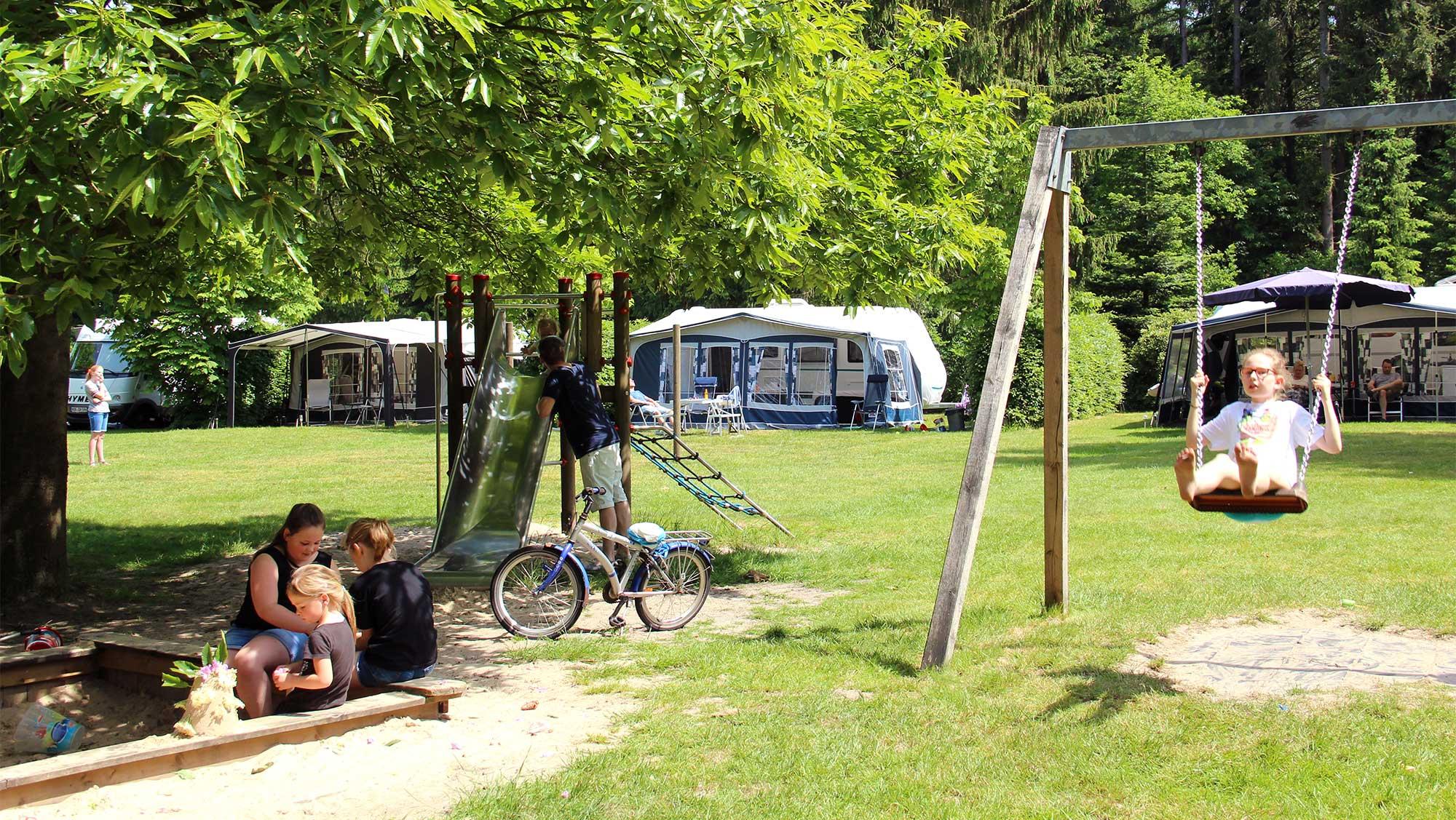 Basisplaats kamperen Molecaten Park Landgoed Molecaten 02