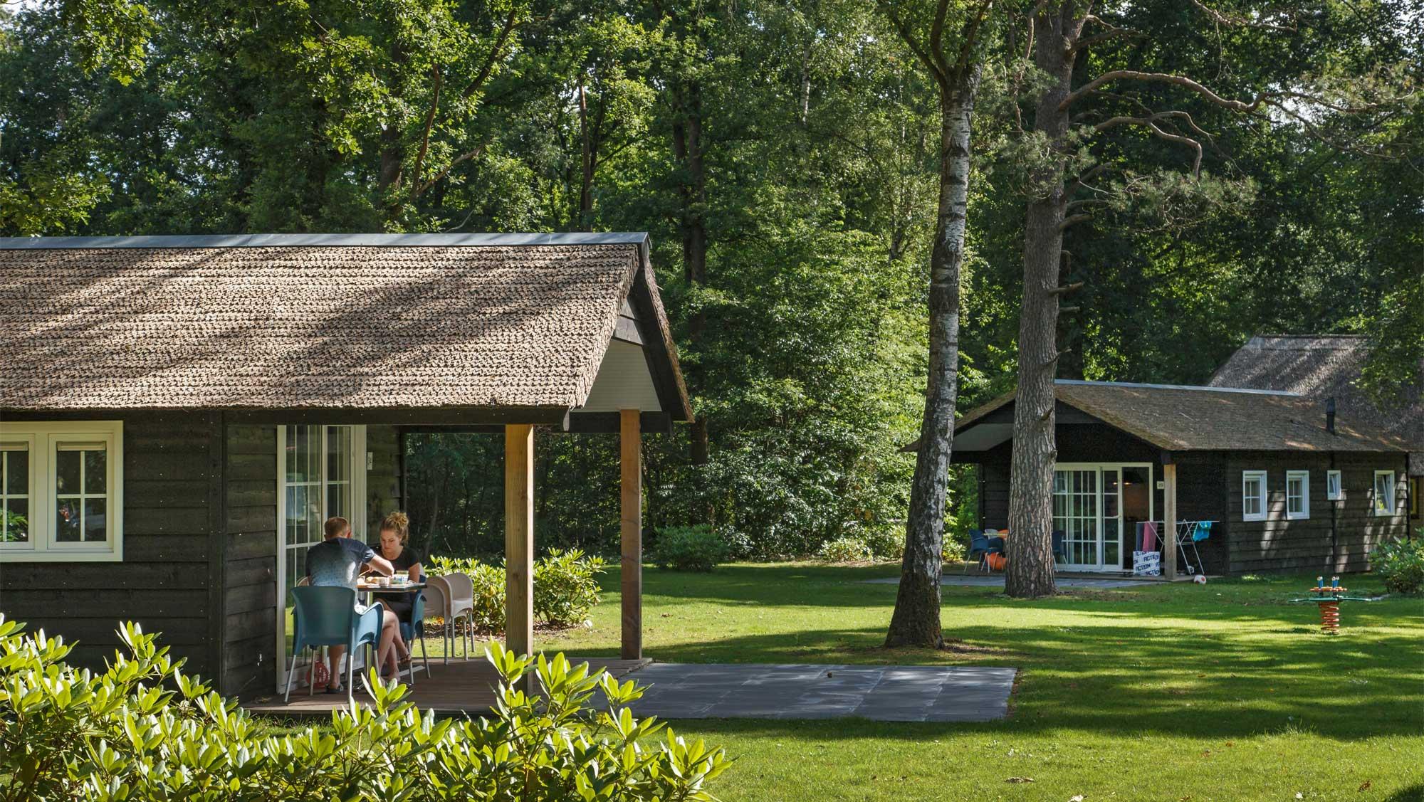 2pers bungalow Petrea Molecaten Park De Leemkule 01