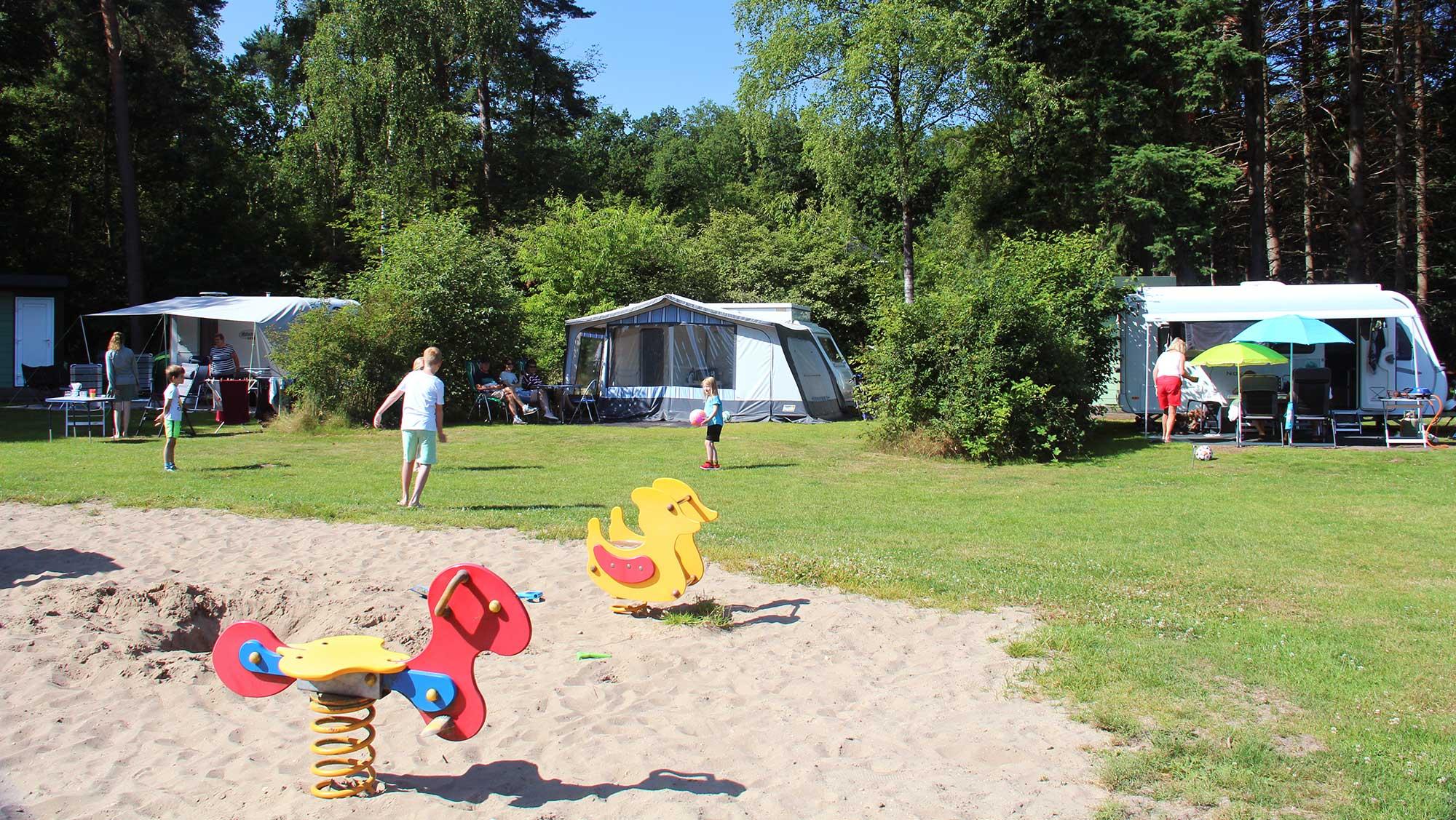 Comfortplusplaats kamperen Molecaten Park Landgoed Ginkelduin 03