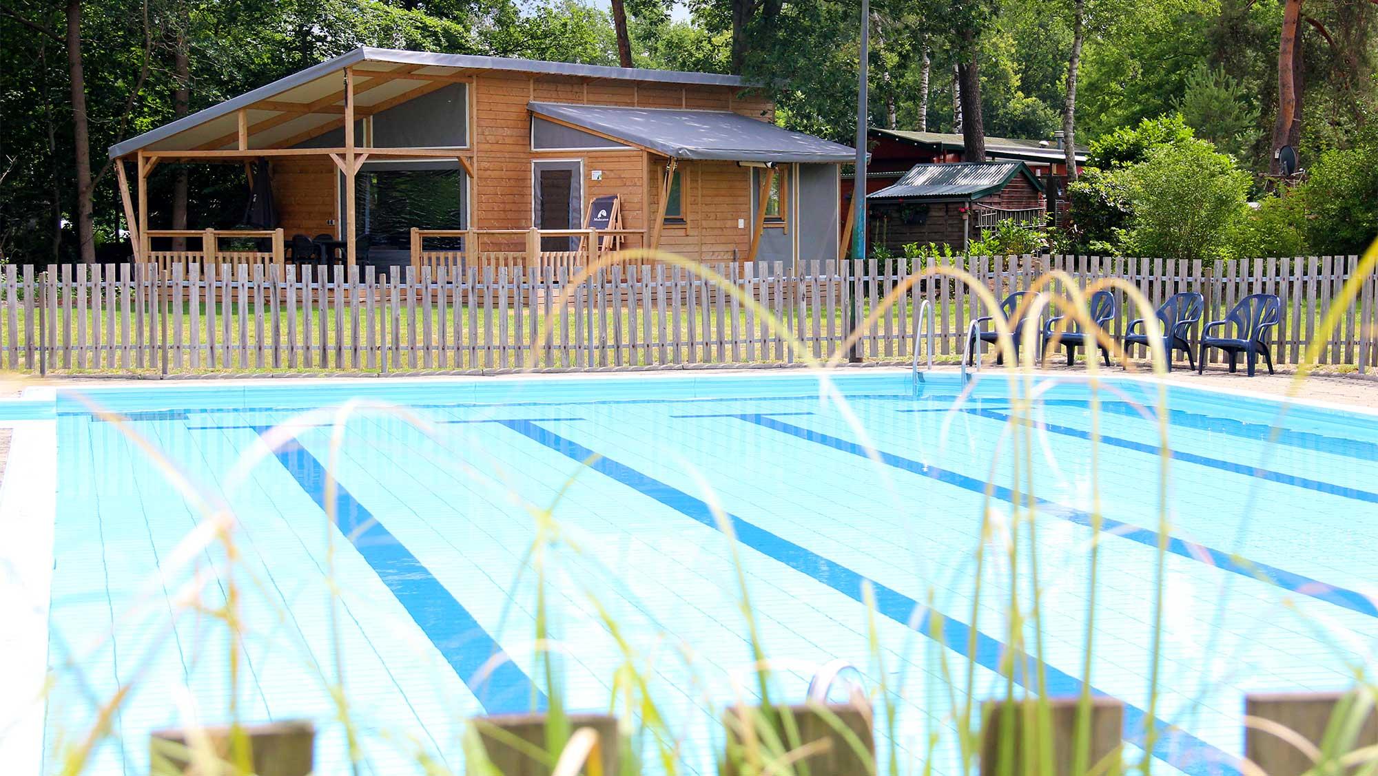 6 pers bungalow Kwikstaart Molecaten Park De Koerberg exterieur 1