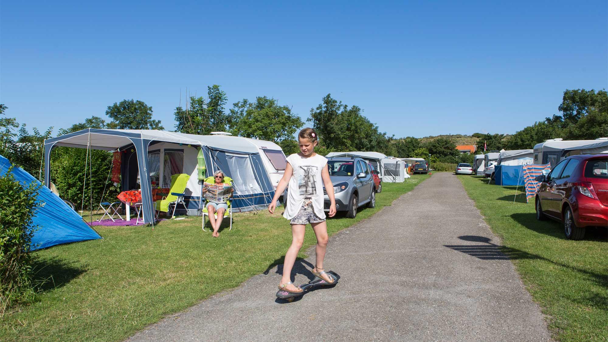 Comfortplaats tot 105m2 kamperen Molecaten Park Hoogduin 03